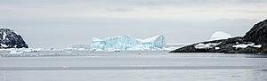 Tabarin Peninsula - Icebergs in Hope Bay, northern side of the peninsula