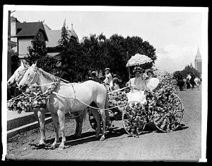 Horace Bell - Horace Bell's daughters, in a carriage for La Fiesta de Los Angeles (1901).