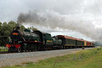 Hotham Valley Railway - W920 at Wellard in July 2005