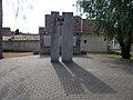 II. világháborús és 1956-os emlékmű, Városháza park, 2017 Pomáz.jpg