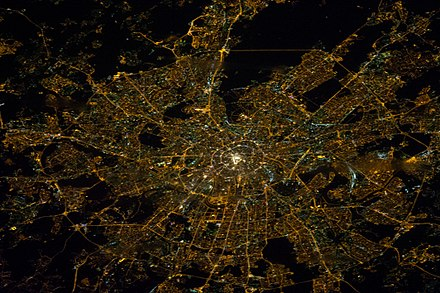 Moscow as viewed from the International Space Station, January 29, 2014 ISS-38 Nighttime image of Moscow, Russia.jpg
