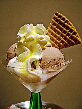 Ice Cream dessert 02.jpg