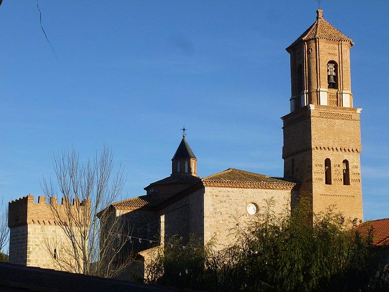 Iglesia de San Miguel Arcángel (Villarreal de Huerva) 01.jpg