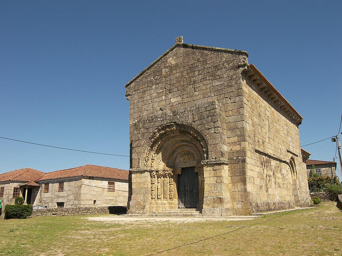 Church of São Salvador (Bravães) - Wikipedia