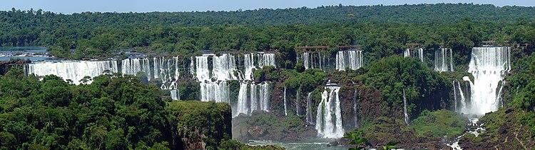 Iguazu Décembre 2007 - Panorama 2.jpg