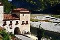 Il Piave e il Castello di San Gerolamo Emiliani presso Quero (BL).jpg