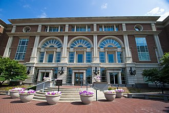 Indiana Historical Society - The Indiana Historical Society is housed in the Eugene and Marilyn Glick Indiana History Center