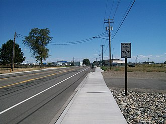 Washington State Route 397 - Looking eastbound on Ainsworth Street, which carries a section of SR 397 in Pasco