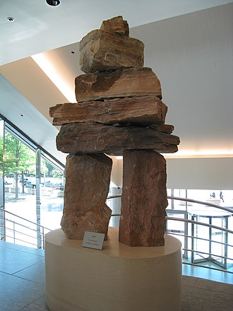 Embassy of Canada, Washington, D.C. - Image: Inukshuk, Canadian Embassy, Washington