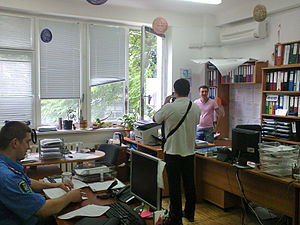 Crime in Ukraine - Kiev police investigating a burglary in May 2014.