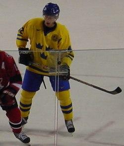 Jörgen Jönsson on ice.jpg