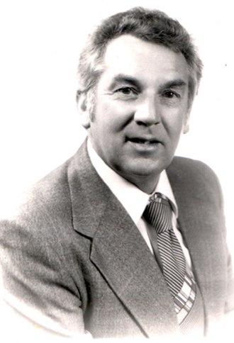 Les McMahon - James Leslie McMahon