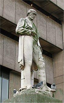 James Watt - Statue - Birmingham - 2005-10-13.jpg