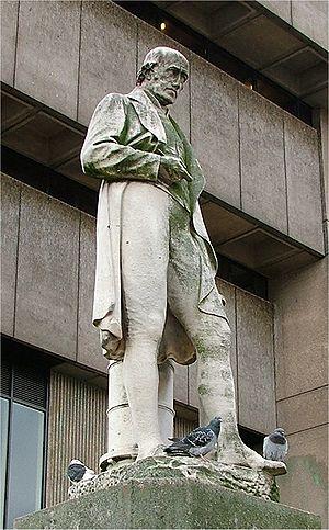 Chamberlain Square - Image: James Watt Statue Birmingham 2005 10 13