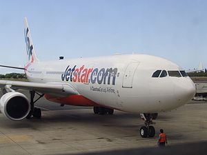 Jetstar A330 VH-EBC pulling into the gate at H...
