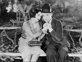 Joan Crawford en Harry Langdon in Tramp Tramp Tramp