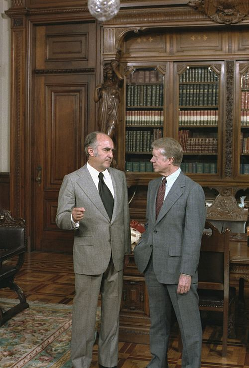 Jose Lopez Portillo and U.S. President Jimmy Carter at the Mexican National Palace presidential office in 1979. Jose Lopez Portillo Jimmy Carter in Mexico.jpg