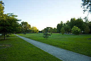 Johnson Park Small municipal park of almost 2 hectares (4.9 acres) in area in the suburb of [[Northcote, Victoria|Northcote]] in the [[State of Victoria]], Australia