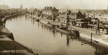 Kölner-Rheinauhafen-1898.JPG
