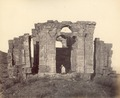 KITLV 100444 - Unknown - Martand Temple on the plateau above the Kashmir Valley in British India - Around 1870.tif