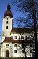 Katholische Pfarrkirche Mariae Himmelfahrt in Ravelsbach 03.jpg