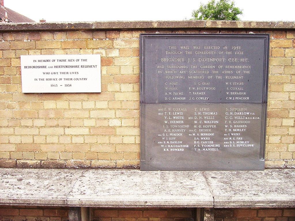 Plaques in the garden of rest of Kempston Barracks war ...