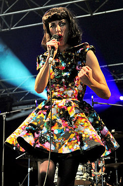Kimbra @ Wellington Square (25 9 2011) (6202052819).jpg