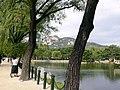 Korea-Gyeonggokgung-pond-01.jpg