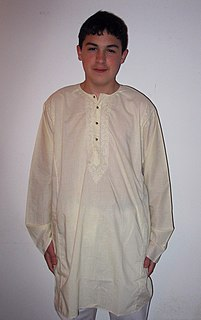 any of various forms of tunic originating on the Indian subcontinent
