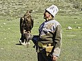 Kyrgyz man with golden eagle.jpg