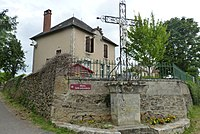 La mairie de Saignes.jpg