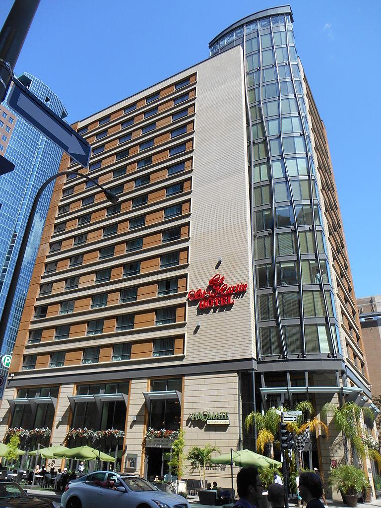 Hotel Rue St Laurent Montreal