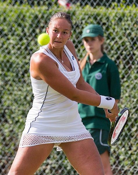 Full Size Van >> File:Lesley Kerkhove 8, 2015 Wimbledon Qualifying - Diliff.jpg - Wikimedia Commons