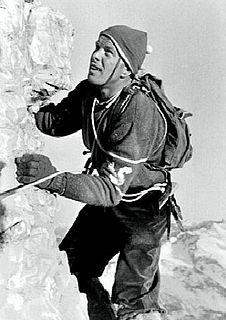 Lino Lacedelli Italian mountaineer (1925–2009)