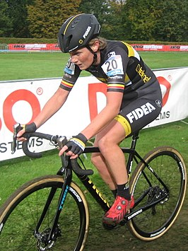 Loes Sels in de Cauberg Cyclocross 2016