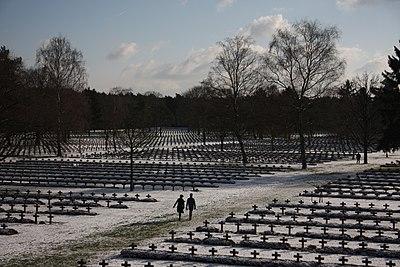 Lommel soldatenkerkhof.jpg