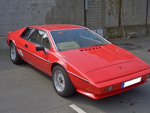 Lotus Esprit 1981-1987 frontright 2009-04-18 U