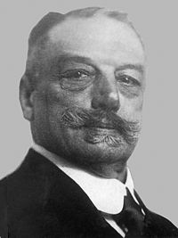 Louis Apol (1920).jpg