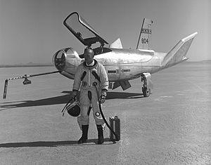Jerauld R. Gentry - Major Gentry by HL-10 in 1968