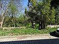 Malá Chuchle, Zbraslavská, park proti čp. 12.jpg