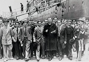 Emigration from Malta - Maltese immigrants land in Sydney from the SS Partizanka, 1948