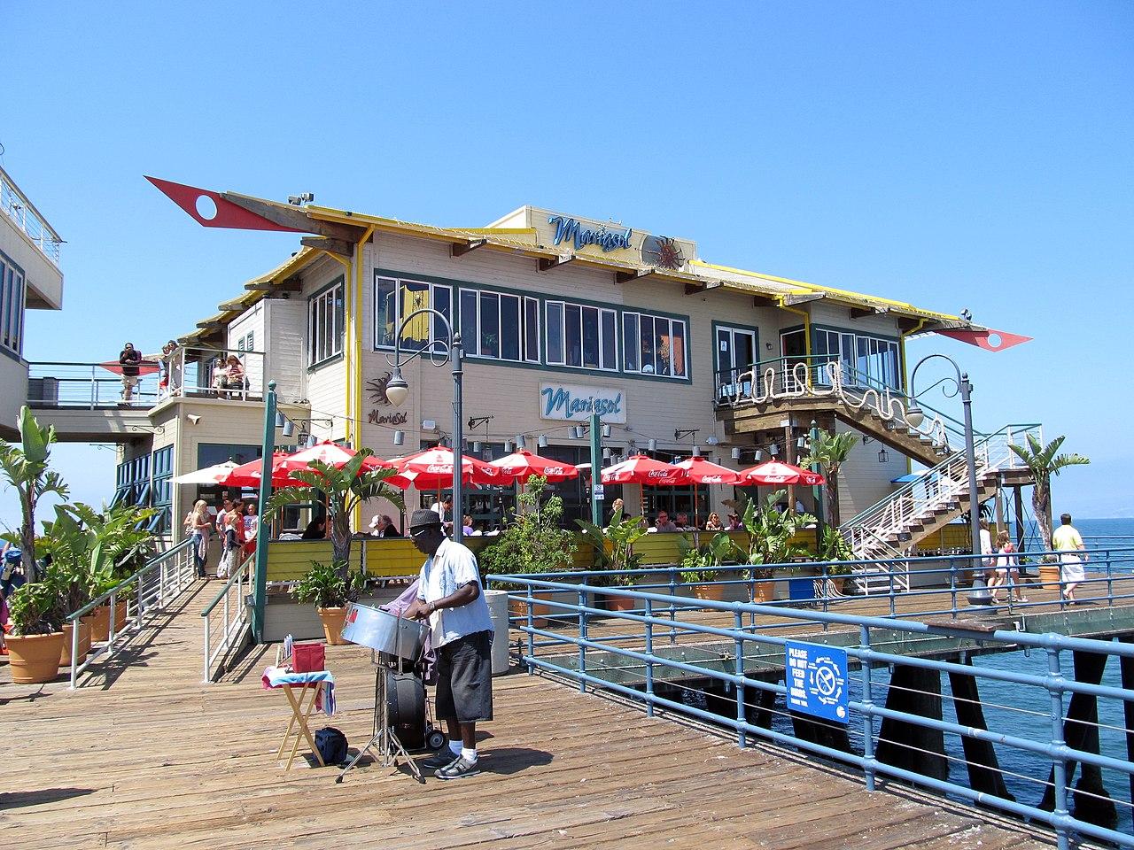 Santa Monica Restaurant By The Beach
