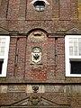 Marssum, Poptaslot poort wapensteen midden RM28623.jpg