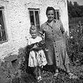 Mati in hči, Črni Vrh 1959.jpg