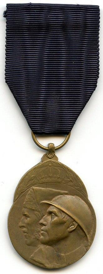 Volunteer Combatant's Medal 1914–1918 - Image: Medaille du Volontaire Combattant 1914 18 Belgique Avers