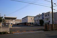 Meihan-kintetsu Bus Nagoya 20160520-02.jpg