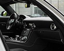 Mercedes-Benz SLS AMG (C 197) – Innenraum, 10. August 2011, Düsseldorf.jpg