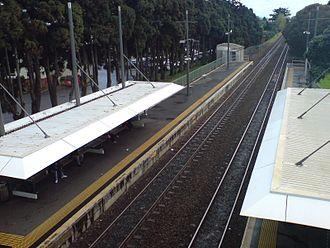 Middlemore railway station - Looking northwest from the footbridge.