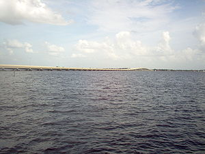 Caloosahatchee River - Image: Midpoint Bridge From Horton Park & Boat Ramp