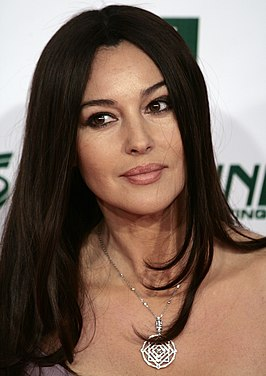Monica Belluci tijdens de Women's World Awards in 2009